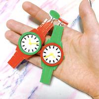 ●赤と緑の腕時計セット Earrings/Ear clips