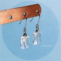 高品質天然石水晶レクタングルのピアス/イヤリング