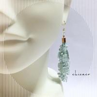 天然石オーラ水晶のレースタッセルピアス/イヤリング mint blue