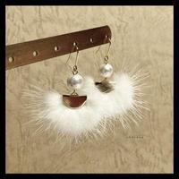 ミンク&コットンパールのピアス/イヤリング white