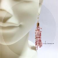天然石オーラ水晶のレースタッセルピアス/イヤリング mauve pink