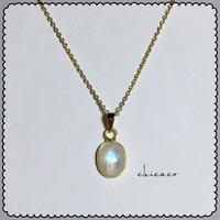 宝石質レインボームーンストーンのネックレス