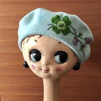ムフ刺繍ベレー帽*rustikhein(シロツメクサ)