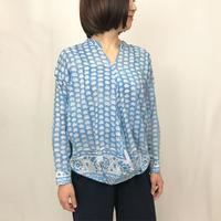 再販5!M~Lサイズ、体型カバー裾ねじりロータスプリント長袖ブラウス