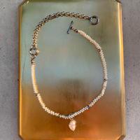 mellow-white pearl-