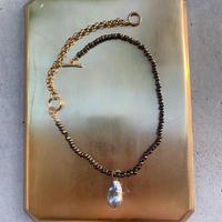 mellow-metallic grey pearl-
