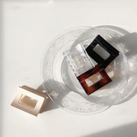 modan square vans clip