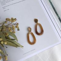 oval metal&swing hoop earring