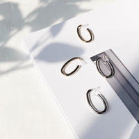 metal curve earring