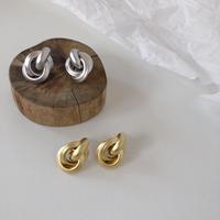 matte metal 3 ring earring