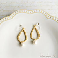 metal drop&pearl earring