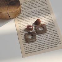 swing square hoop earring