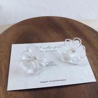 clear flower earring(pearl)