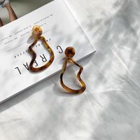 べっ甲deformed motif earring