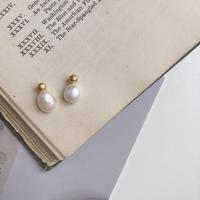 pearl mini earring