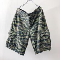 ~2000's US ARMY Tiger camo cargo shorts
