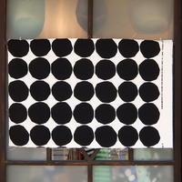 マリメッコ marimekko <Pienet Kivet>キャンバス・ファブリック(ホワイト×ブラック)50×78cm 日本未入荷