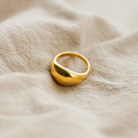 crescent moon ring /18k gold plated