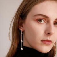triple pearl earring