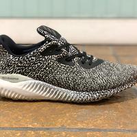 adidas / ALPHA BOUNCE ARAMIS GFX size:US8.5