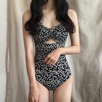 【韓国ファッション ワンピース水着】モノトーンフラワースイムウェアT0002