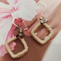 [Silver925] Shell  flower × Hemp earrings