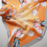 scarf: Tulips