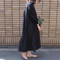 voluminous V necked dress BLACK