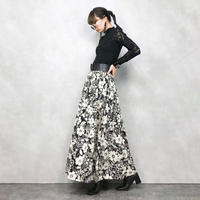 Black×White Flower maxi skirt