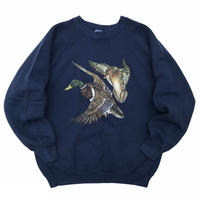 Made in USA / 90s FRUIT OF THE LOOM / Duck Printed Sweat / Navy / Used