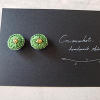 earrings 刺繍 green