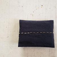 pocket tissuecase  black beads
