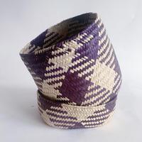 Mexican straw basket / purple