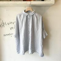 <women>Honnete(オネット) アイリッシュリネンギャザー半袖シャツ  / ライトブルーグレー