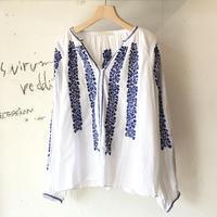 <women>ne Quittez pas(ヌキテパ)シャドーストライプ・刺繍ブラウス(010101274) / 白×ブルー