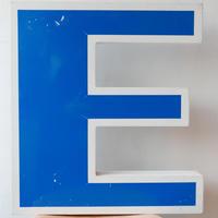 ドイツ E文字板