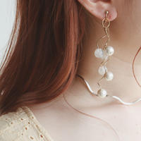 [gold]une white ball pierce/earring