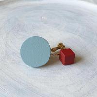 サークル&キューブイヤリング(セット) ブルー/レッド