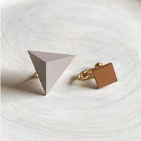 三角形&スクエア イヤリング(セット) グレー/ウォルナット