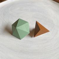 六角形&三角形ピアス(セット)ピーグリーン/ココナッツブラウン