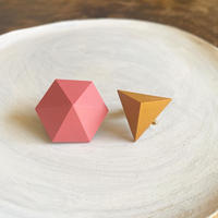 六角形&三角形イヤリング(セット) ピンク/サフランイエロー