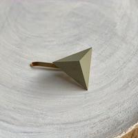 三角形ポニーフック エッグシェルグリーン