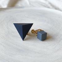 三角形&キューブイヤリング(セット) ネイビーブルー/スモークブルー