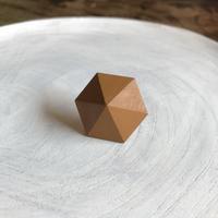 六角形ピアス キャラメル