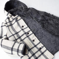 "UNKOWN"" reversible wool × fake fur coat"