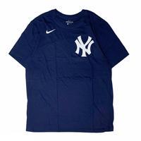 "NIKE × NEW YORK YANKEES T-SHIRT ""Gary Sánchez"""