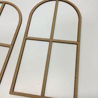1/6ドールハウス用窓枠 無塗装品 2枚セット