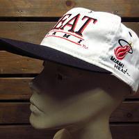 ビンテージ80's90's●DEADSTOCK HEAT MIAMI NBAスナップバックキャップ●210129n4-m-cp-bbマイアミヒートプロバスケットボール帽子