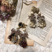 w ribbon mini bouquet earring