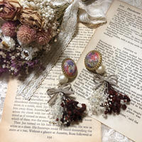 retro bicolor flower pierce